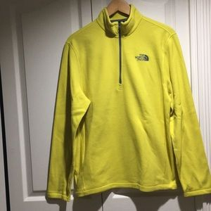 The North Face men's 1/4 zip yellow fleece size M